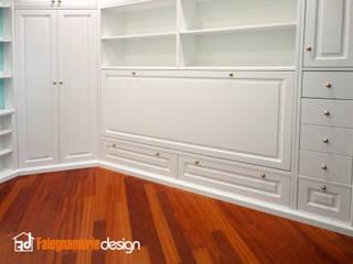 Cameretta completa con Boiserie di Falegnamerie Design Classico