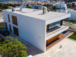Vila Utopia L25 Carnaxide, Oeiras JPS Atelier - Arquitectura, Design e Engenharia Moradias