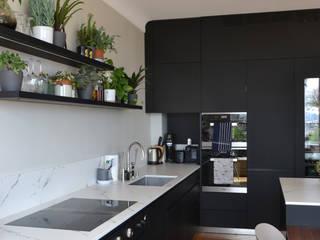 Appartement Art Déco 200 m² - Paris 7 Cuisine moderne par A comme Archi Moderne