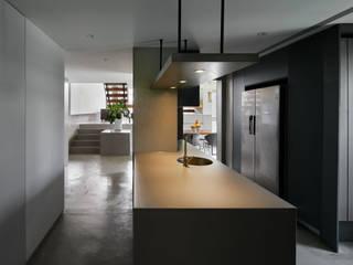 Apartment_T CEN ARCHI モダンな キッチン