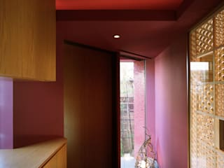 Modern Koridor, Hol & Merdivenler 西島正樹/プライム一級建築士事務所 Modern