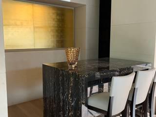 Modern dining room by Revah Arqs Modern