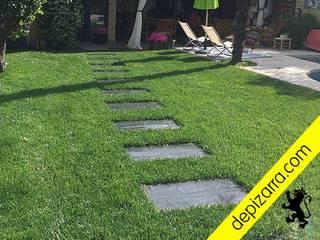 Caminos y sendas con pasos de pizarara natural. depizarra.com Jardines con piedras Pizarra Negro