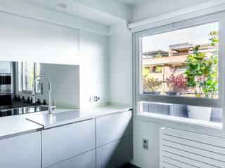 IMAGINEAN Кухня в стиле модерн Серый
