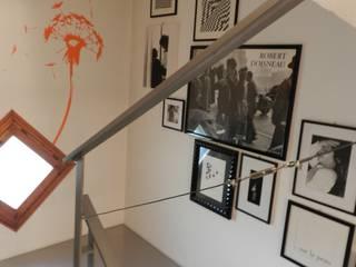 Senza tempo StudioA di Annalisa Mapelli Ingresso, Corridoio & ScaleScale