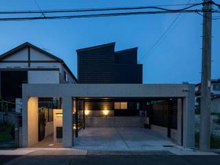 ネイルサロンを併設した家 藤吉建築設計事務所 木造住宅 スレート 黒色