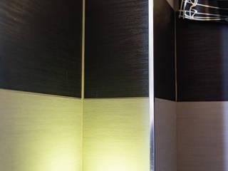 Modern bathroom by antonio felicetti architettura & interior design Modern