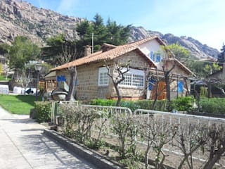 AMPLIACION DE CHALET MULTISERVICIOS EGO INGENIEROS SL Casas de estilo rústico