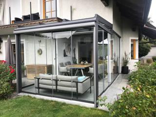 모던스타일 온실 by Schmidinger Wintergärten, Fenster & Verglasungen 모던