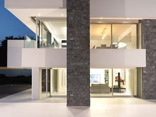 Modern houses by giovanni francesco frascino architetto Modern