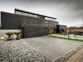 Nico Van Der Meulen Architects Modern houses