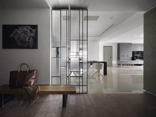 特別的委託案-康舟里澤- Light house 光邸. 光島室內設計 現代風玄關、走廊與階梯