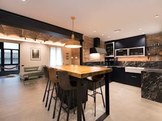 Industrial style kitchen by Sincro Industrial