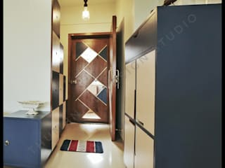THE ETHNIC HOUSE Classic style corridor, hallway and stairs by Thumbnail Design Classic
