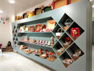 THE HANDMADE GIFT BOUTIQUE Modern offices & stores by Thumbnail Design Modern