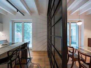 Residenza Riberi 6 Cucina moderna di G*AA - Giaquinto Architetti Associati Moderno
