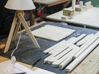 Woodsi Lamp - Small Woodsi QuartoIluminação Madeira Acabamento em madeira