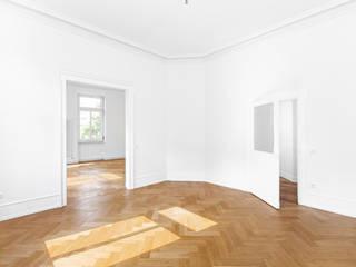 Altbausanierung Klassische Wohnzimmer von sanierungsprofi24 GmbH Klassisch
