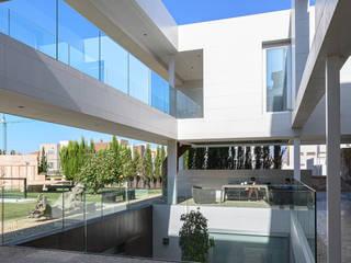 ROMESUR Minimalist conservatory Tiles White