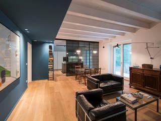 Residenza Riberi 6 Soggiorno moderno di G*AA - Giaquinto Architetti Associati Moderno
