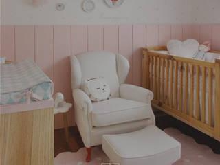 Poltronas Artachos Decorações Quarto de criançasEscrivaninha e cadeiras