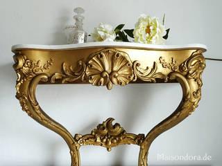 Antike Beistelltische Maisondora Vintage Living Flur, Diele & TreppenhausKommoden und Regale Holz Bernstein/Gold