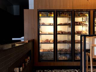Boutique de Carnes Bares e clubes modernos por Studio Costa Campos Moderno