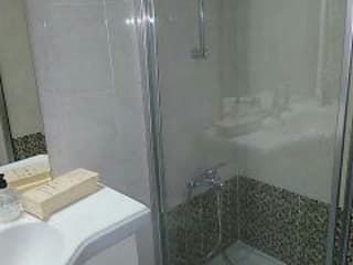 Canoarte, Lda Salle de bain moderne Tuiles Marron