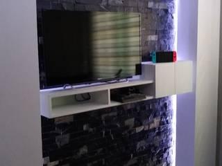 remodelación dormitorio dcmarchitecture Cuartos pequeños Compuestos de madera y plástico Gris