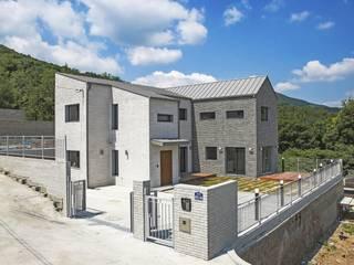 양주_HOUSE.SAN: AAPA건축사사무소의 현대 ,모던