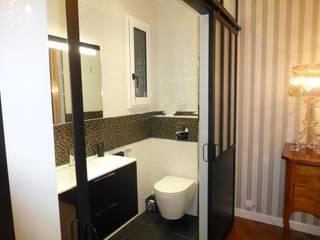 PESSAC ALOUETTE Modification d'une chambre parentale avec remplacement d'un placard en petite pièce d'eau SAB & CO Salle de bain classique