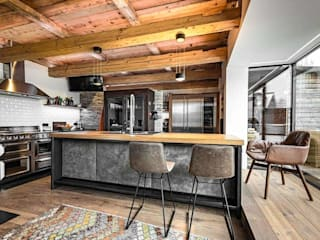 Modern kitchen by Marchi Cucine - Dialma Brown MX Modern