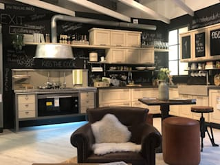 Marchi Cucine - Dialma Brown MX Dapur Gaya Eklektik