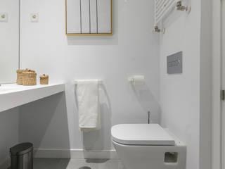 Arquiteknum Consultores SL Modern Bathroom