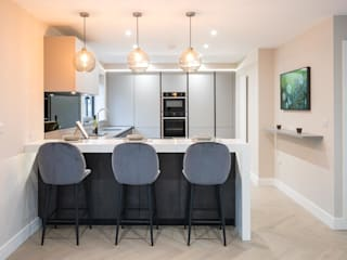 Upside down House PTC Kitchens Dapur built in Grey