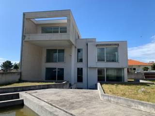 BCimobiliária Дома в стиле модерн