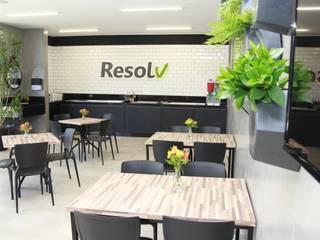 Resolv Prestadora - Restaurante Profissional Cozinhas modernas por JP GOMES ARQUITETURA Moderno