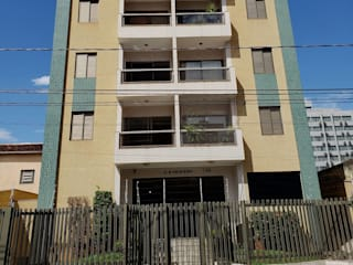 Condomínio Residencial por JP GOMES ARQUITETURA