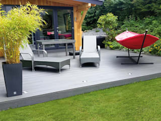 Exclusieve tuinproducten Modern balcony, veranda & terrace Engineered Wood Grey