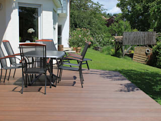 Exclusieve tuinproducten Modern balcony, veranda & terrace Engineered Wood Brown