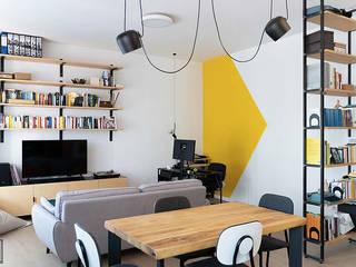 G Frame Studio 现代客厅設計點子、靈感 & 圖片