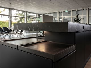 Modern kitchen by Hammer & Margrander Interior GmbH Modern