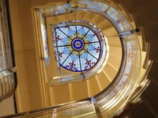Curved frameless glass balustrades Ion Glass ระเบียง กระจกและแก้ว