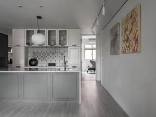 開普敦之旅 文儀室內裝修設計有限公司 現代廚房設計點子、靈感&圖片 Grey
