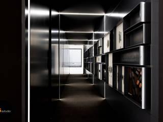 SHOWROOM 05 Estudio Espacios comerciales de estilo minimalista Negro