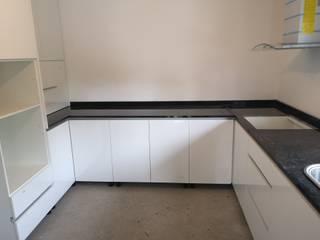 Cozinha termolaminado Mário Costa mobiliário CozinhaBancadas Aglomerado Branco