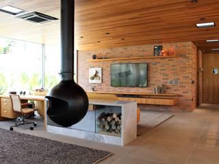 Geraldo Brognoli Ludwich Arquitetura Modern Living Room