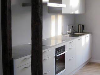 Sanierung eines Einfamilienhauses im Glasmacherviertel Scholz & Ko InnenArchitekten Klassische Küchen
