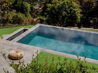 ROSA GRES Infinity pool