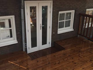 Eden B.V. Klasik Balkon, Veranda & Teras Ahşap Kahverengi